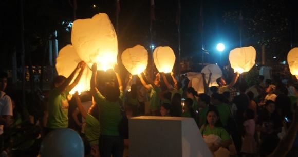more sky lanterns
